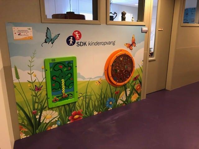 Nieuw speelmateriaal voor het Albert Schweitzer ziekenhuis